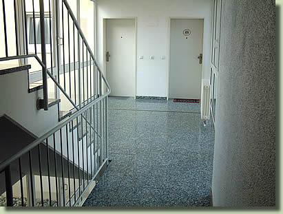 Treppenhaus mehrfamilienhaus  Hausmeisterservice Wirtner
